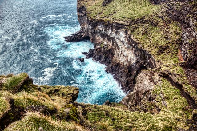 Vestmannaeyjar, iceland, cliffs, angela b. pan, abpan, travel, hdr, photo, photography