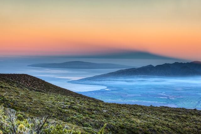 haleakala, hawaii, maui, sunrise, drive, hdr, photography, photo, travel, angela b. pan, abpan,
