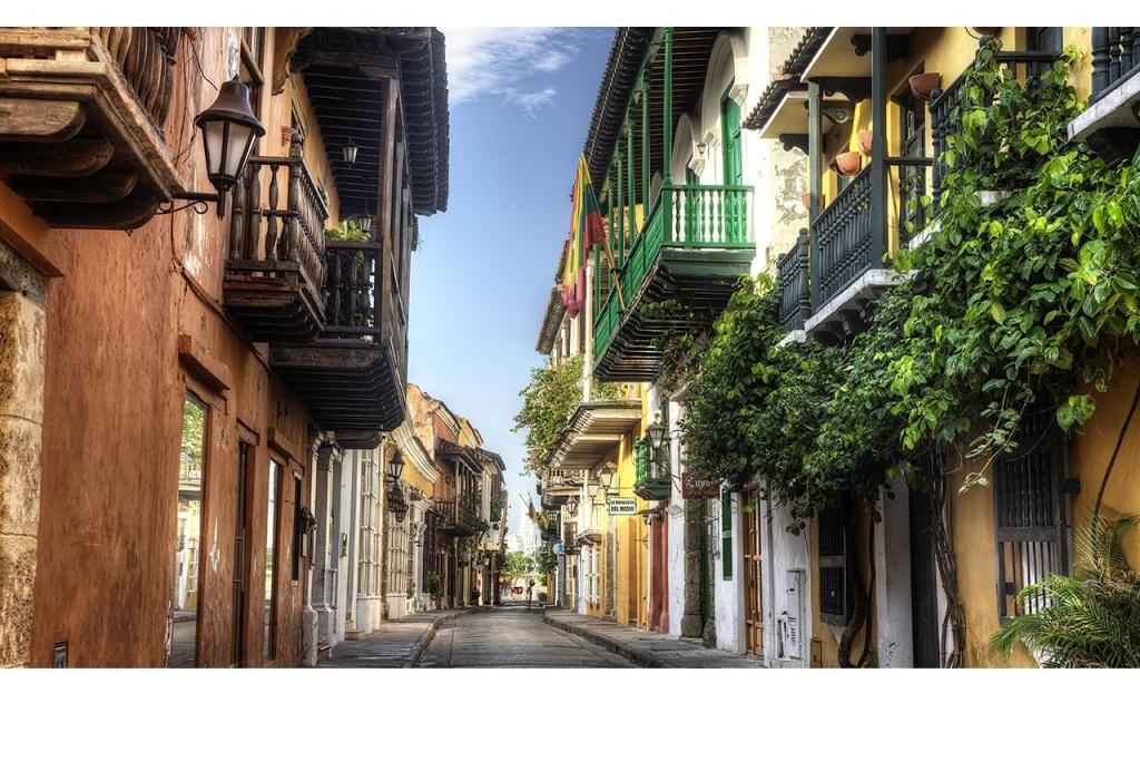 cartagena-alley