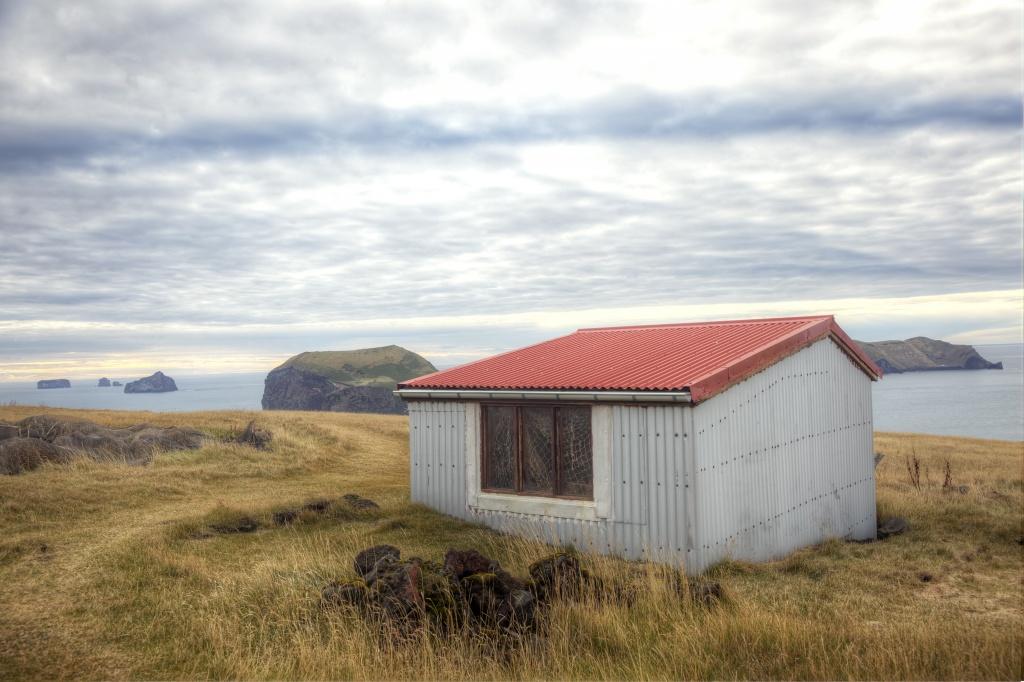 iceland-house