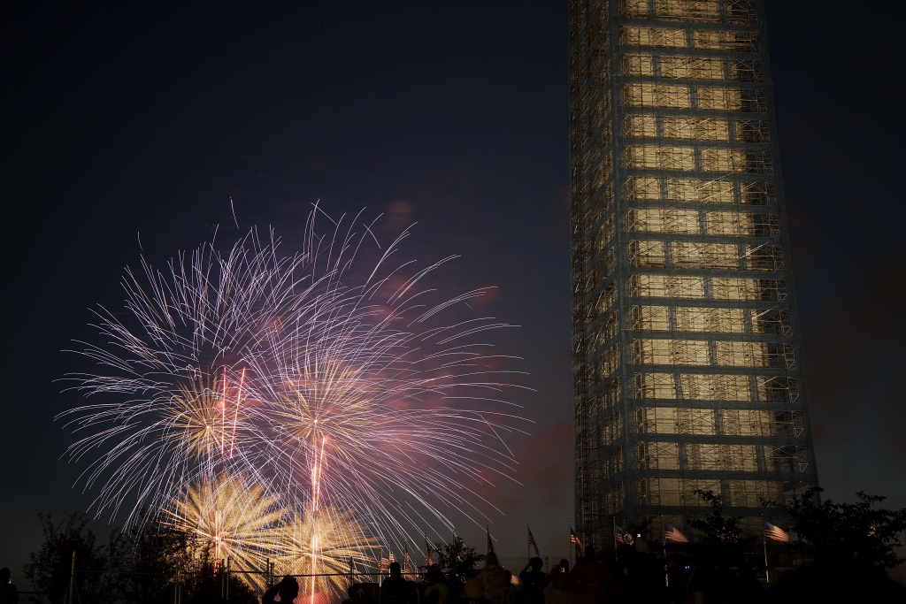 independence day, july 4th, fireworks, washington monument, scaffolding, washington dc, capital, united states, usa, america