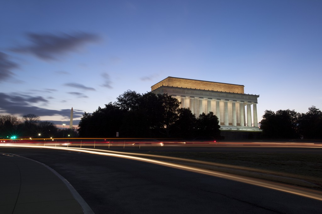 Lincoln Memorial, sunrise, early morning, traffic, cars, bus, light trails, washington dc