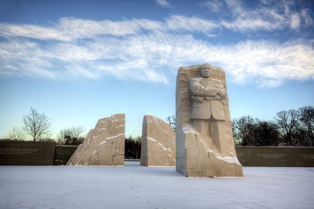 martin luther king jr memorial, washington dc, tidal basin, snow, clouds, sunrise, early morning, travel, usa, united states,