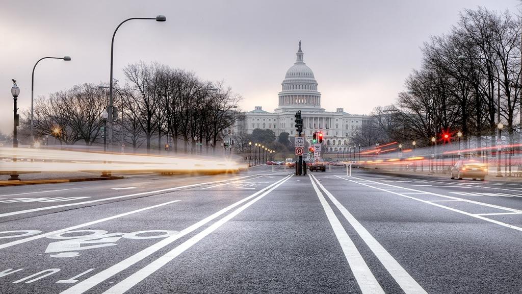 US Capitol, washington dc, light trails, car trails, night photography, bike, car, cars, fog, weather, travel, washington dc,