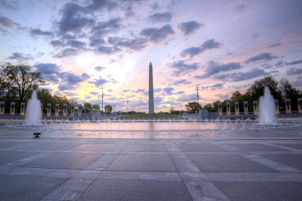 wwii memorial, washington dc, washington monument, memorial, fountain, water, architecture, lines, photo