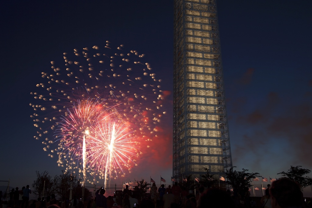 washington monument, scaffolding, fireworks, july 4th, independence day, washington dc,