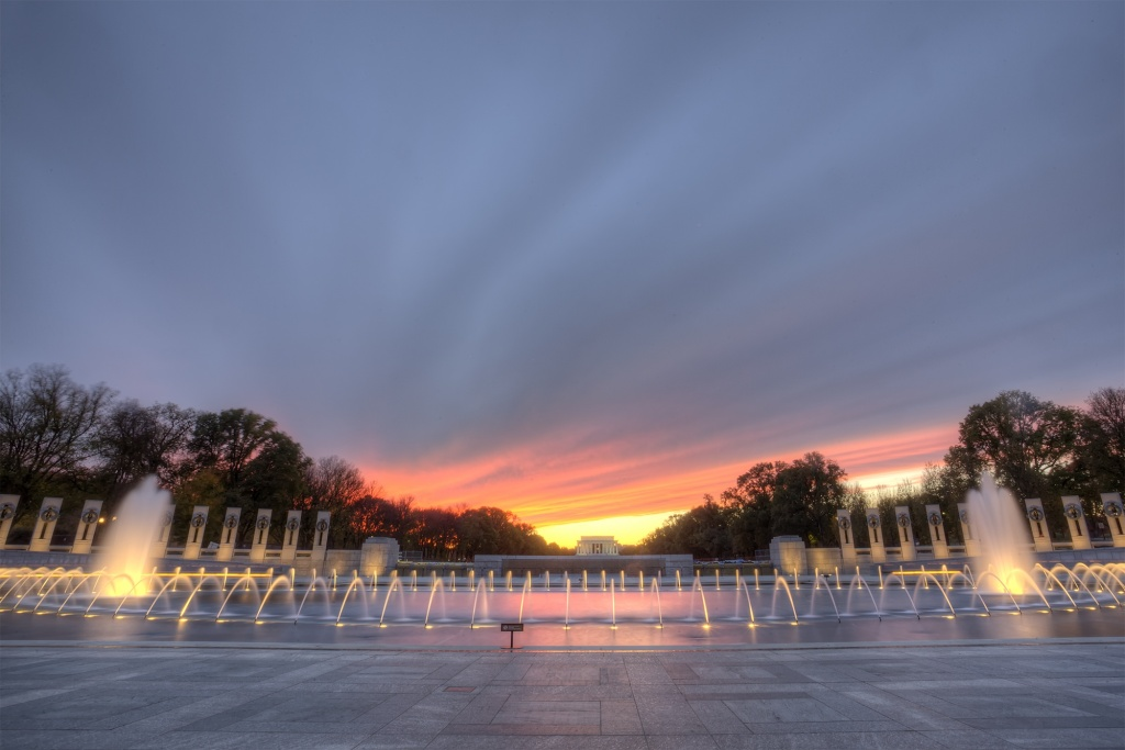 wwii, memorial, sunset, rays, clouds, memorial, lights, fountain, angela b pan, abpan, photography, washington dc, photo, hdr, reflection