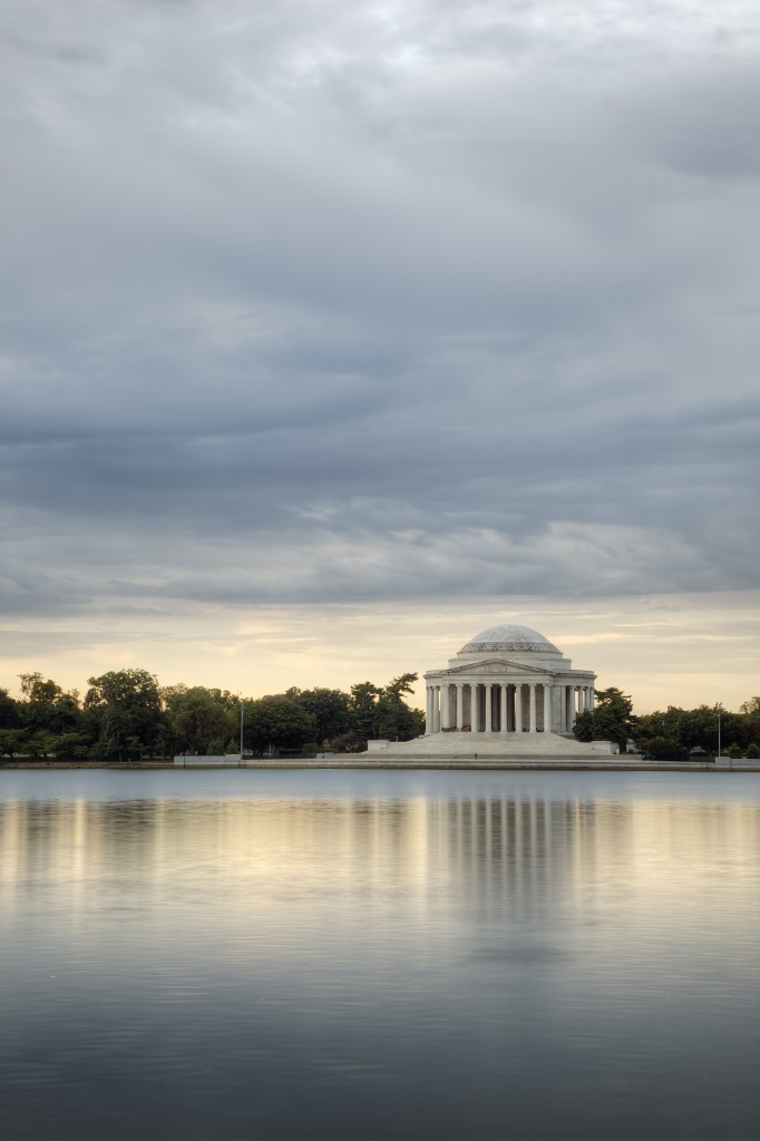 jefferson, tidal basin, reflection, washington dc, early morning, light, monument, national mall, washington dc, tour, clouds, potomac