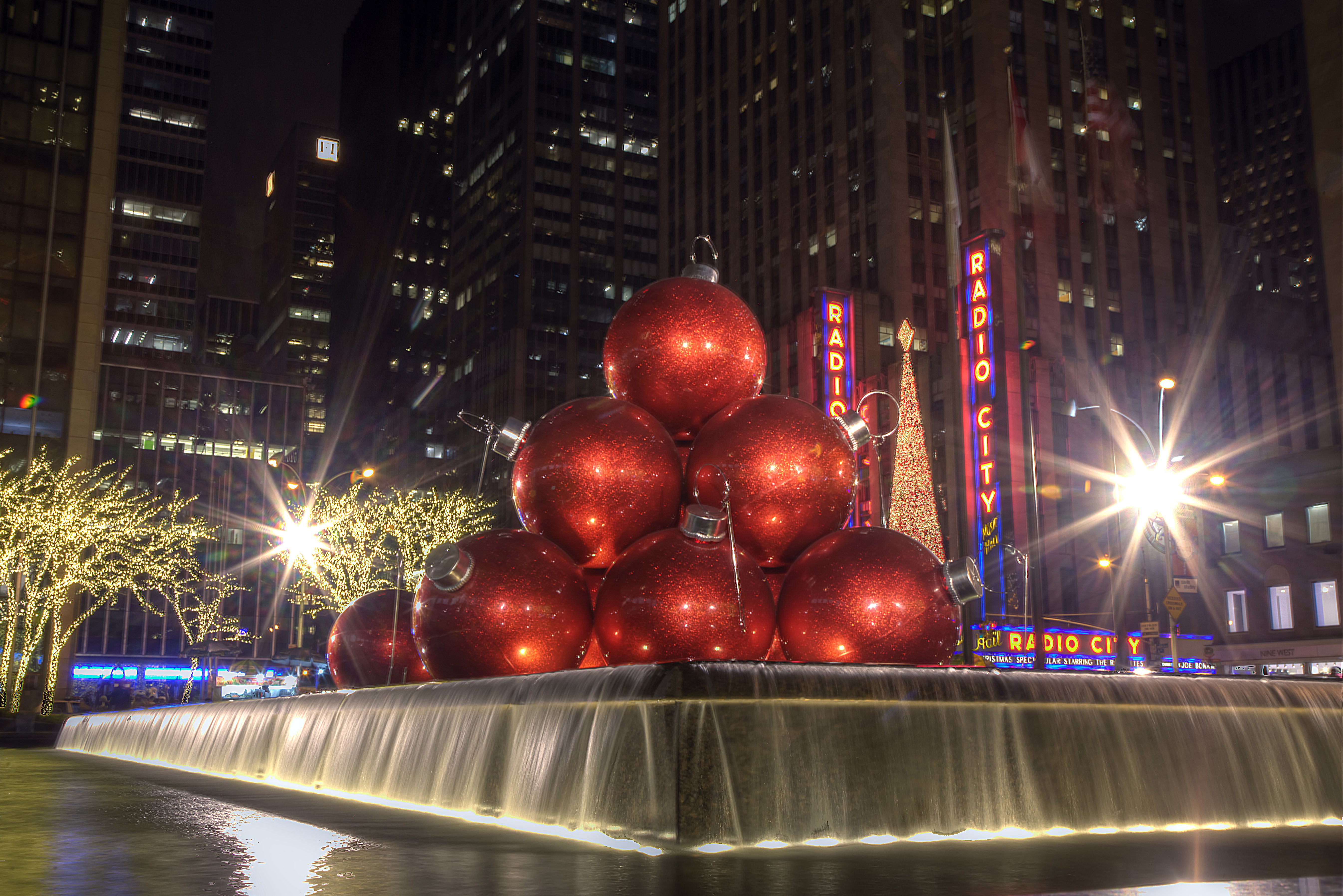 Huge Red Ornaments, NYC