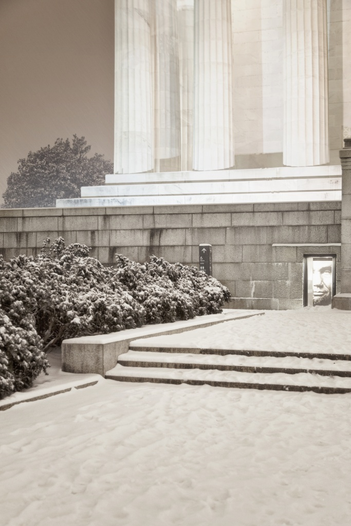 linconl memorial, abraham lincoln, presidents day, mr president, washington dc, memorial, snow, night, weather, visit,