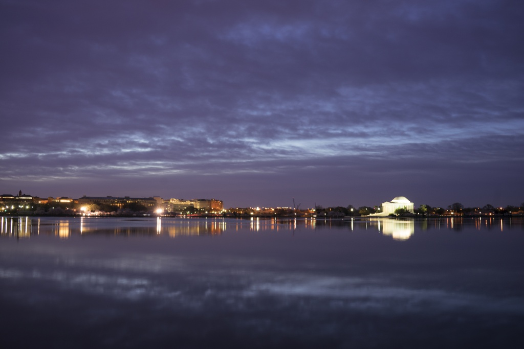 tidal basin, blue hour, sunrise, jefferson memorial, reflection, memorial, washington dc, visit dc,