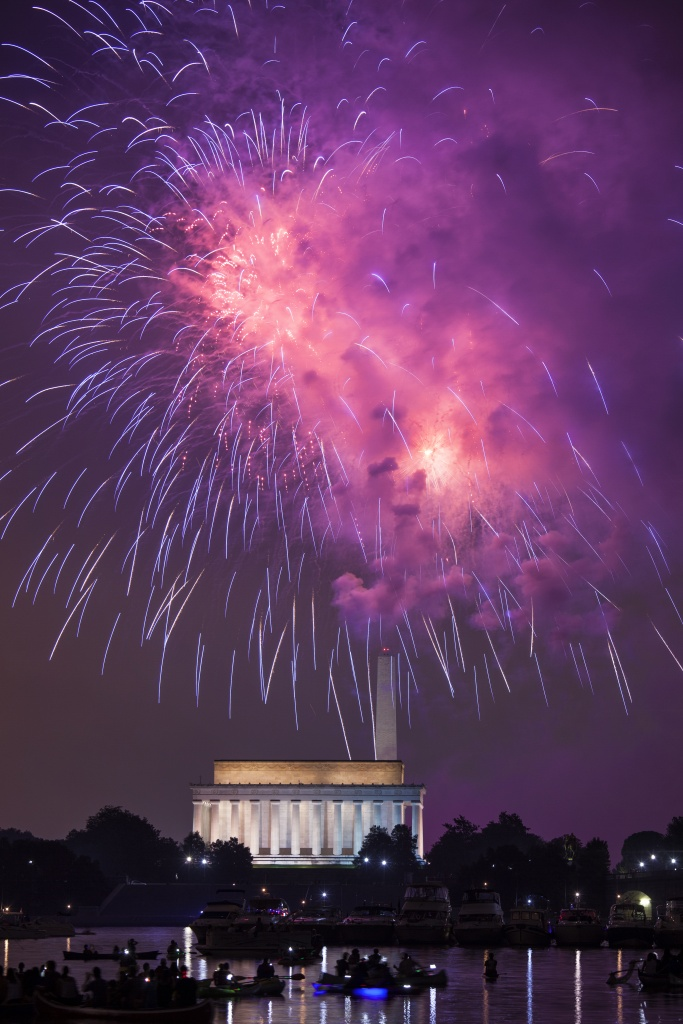 washington, dc, lincoln memorial, washington monument, fireworks, july 4th, independence day, celebration, night, gw parkway,
