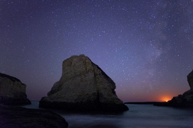 davenport, shark fin cove, california, ca, moonset, beach, night, stars, moon