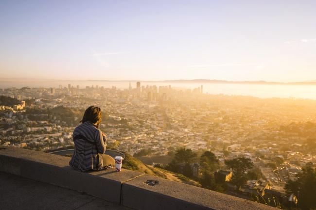twin peaks, hill, san francisco, california, travel, bay area, skyline, city, views, girl, coffee