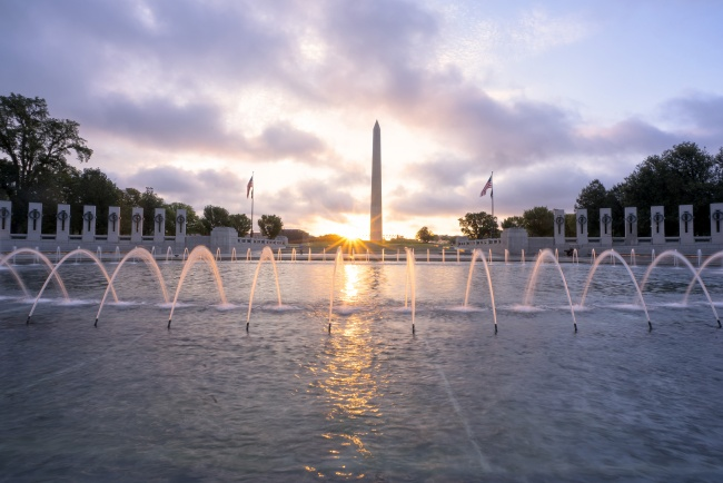 wwii, sunrise, memorial, fountains, water, washington monument, washington dc, clouds, purple, sun