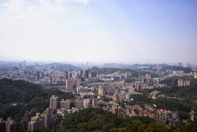 taiwan, taipei, makong, gondola, cityscape, travel, building, architecture,