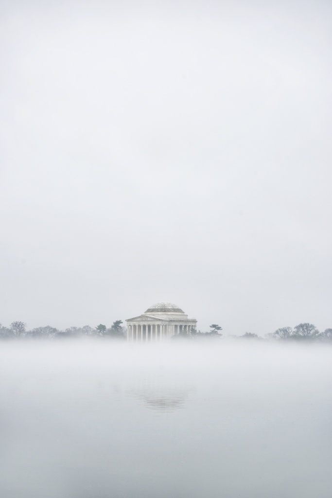 jefferson memorial, washington dc, fog, weather, visit, christmas, morning, sunrise, fog, reflection, white christmas, dc