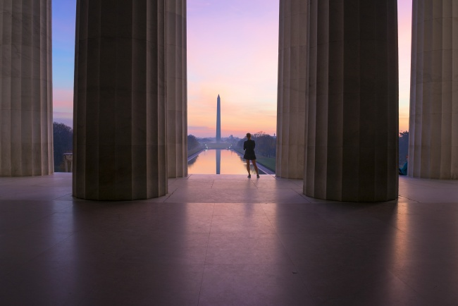 lincoln memorial, sunrise, watching, washington, washington monument, columns, runner,