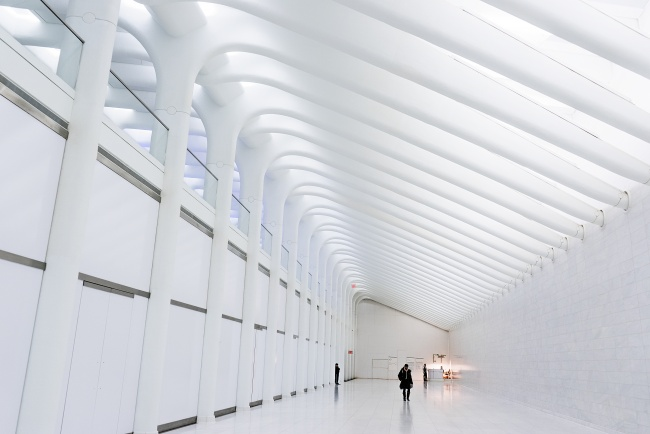 one world trade center, new york, transit, hallway, path, lines, clean, white, new york, visit, commute,