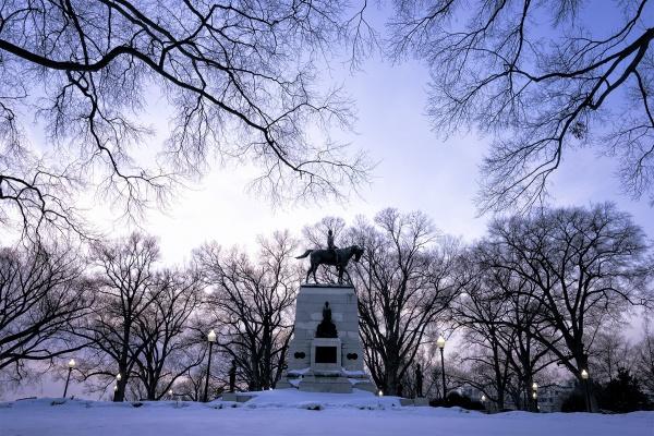 snow, blizzard, washington dc, statue, general sherman, trees, framing, winter, visit, walking, white house