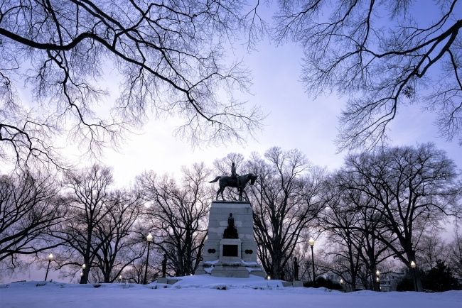 snow, blizzard, washington dc, statue, general sherman, trees, framing, winter, visit, walking, white house