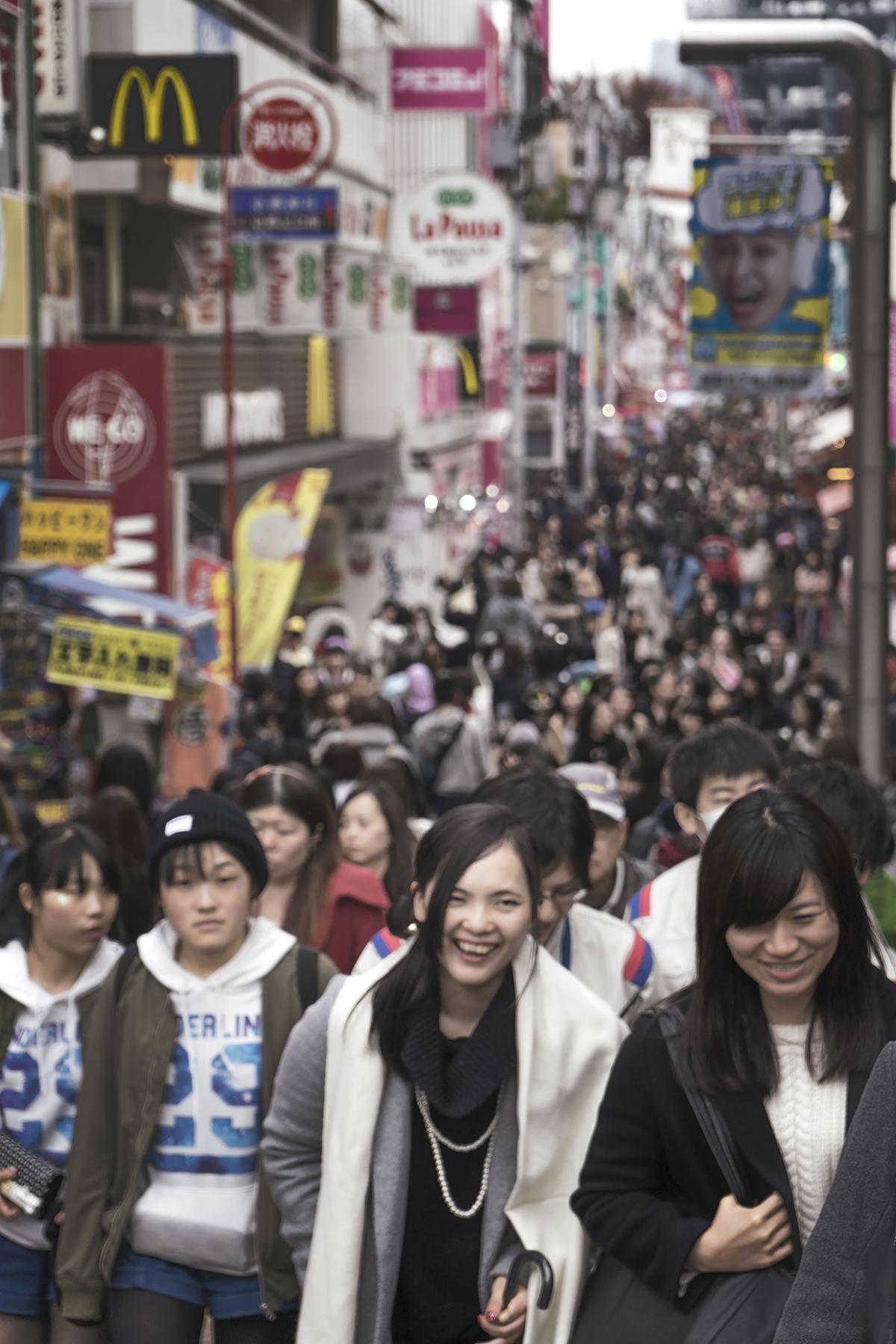 harajuku, alley, street, crowd, girls, fashion, tokyo, japan,