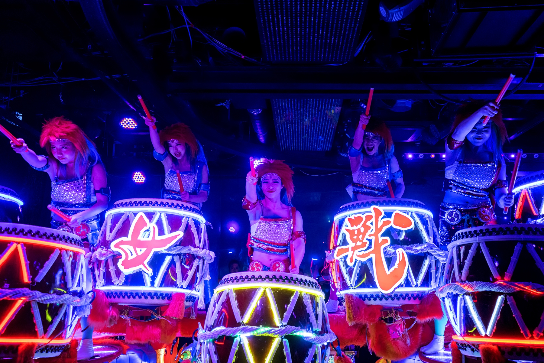 robot restaurant, shinjuku, tokyo, drummers, girls, blue, show, crazy, wild, lights, color,