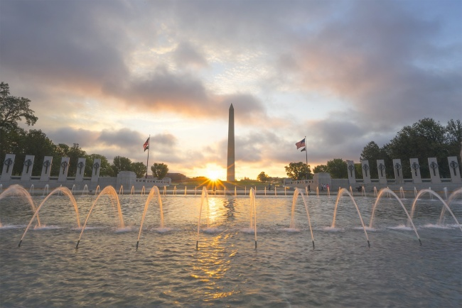 memorial day, washington dc, wwii memorial, sunrise, dc, water fountain, washington monument, freedom, thank you, gratitude,