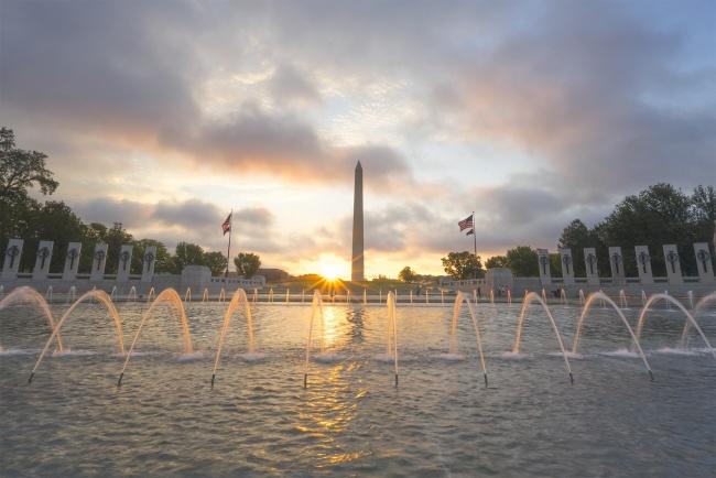 memorial day, washington dc, wwii memorial, sunrise, dc, water fountain, washington monument, freedom, thank you, gratitude,
