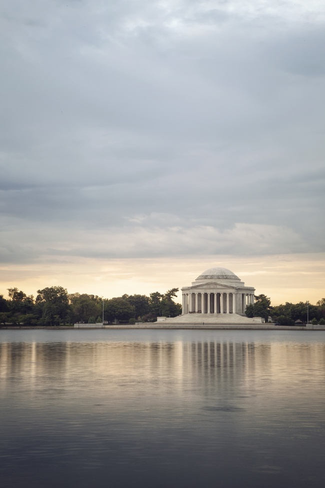 jefferson, memorial, sunrise, tidal basin, water, refelction, sky, clouds, visit, thomas jefferson, early morning, hours, favorite memorial