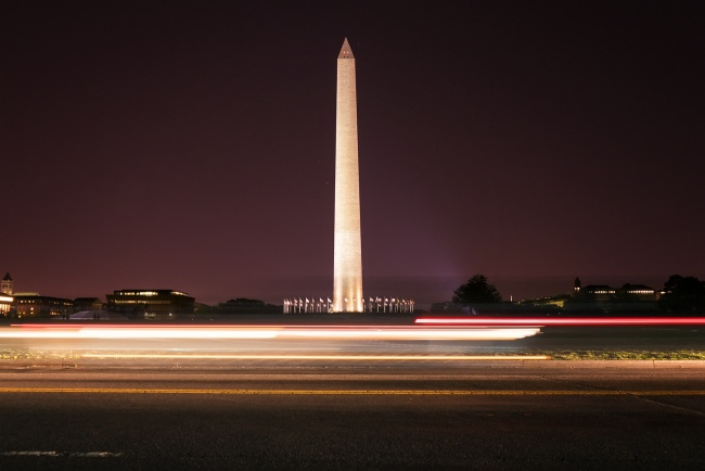 washington dc, washington monument, car trails, night, wwii memorial, traffic, visit, travel, washington dc, sky