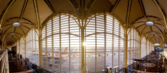 ronald reagan, washington national airport, international airport, washinton dc, arlington va, virginia, metropolitan washington airports, terminal, windows, check in