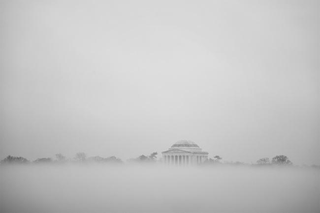 jefferson memorial, thomas jefferson, tidal basin, fog, morning, national park service, national mall, washington dc, founding farmers, third president, visit
