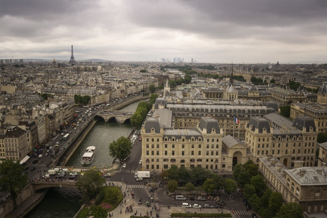 notre dame de paris, notre dame cathedral, catholic cathedral, paris, france, eiffel tower, champ de mars, architecture, city, views, top