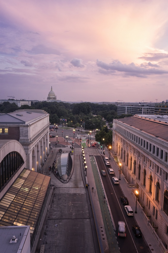 union station, train station, washington dc, transportation hub, taxi, bus, railroad, amtrak, sunset, us capitol, sun, purple, city, view, ne, massachusetts ave,