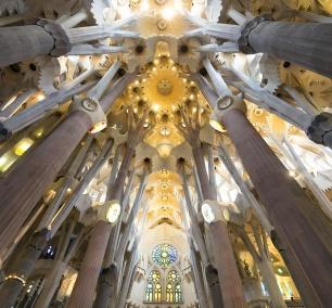 la sagrada familia, Basílica i Temple Expiatori de la Sagrada Família, gaudi, roman catholic church, barcelona, spain, interior, architecture, holy family, Antoni Gaudí,