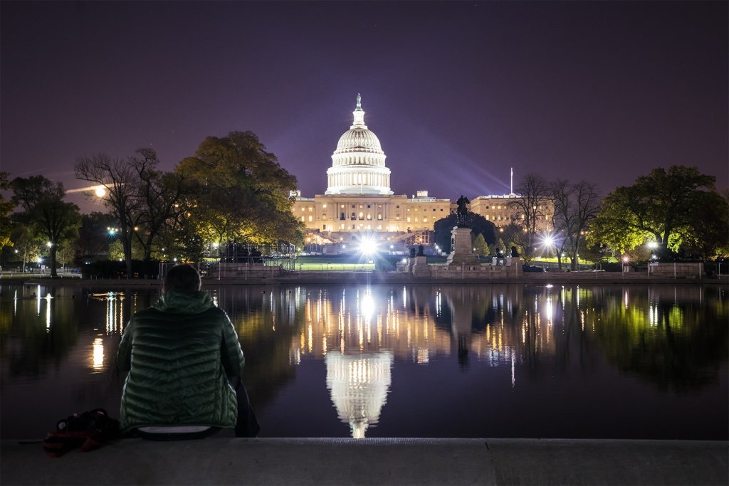 Us Capitol Reflecting Pool At Night