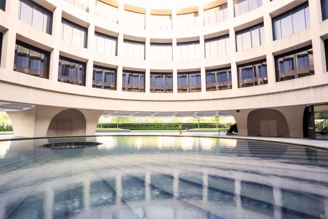 hirshhorn, museum, sculpture and garden, architecture, national mall, reflection, modern architecture, exhibit, art, national mall, washington dc, capital