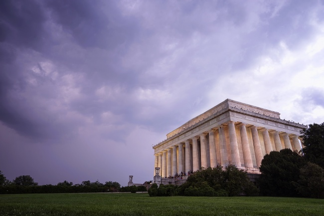 lincoln memorial, washington dc, national mall, president, monument, clouds, rain, storm, reflecting pool, iconic, abraham lincoln,