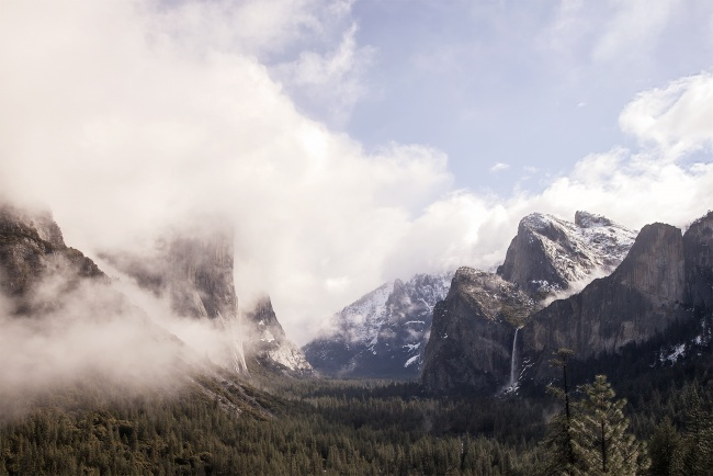 yosemite national park, sieera nevada, california, national park, tunnel view, el capitan, half dome, fog, sunrise, early morning, answel adams, fog, waterfalls