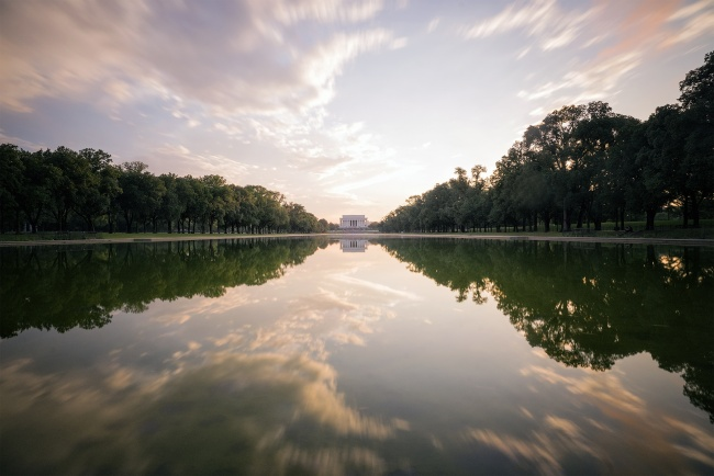 washington dc, lincoln memorial, reflecting pool, summer, hot, humid, storm, national mall, tripod, camera, neutral density filter, reflection, clouds, humid, valentine's day, pizza, relationship goals