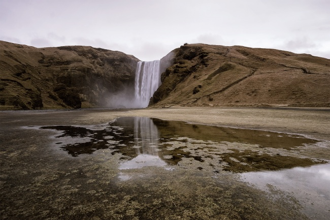 skogar, skogafoss, iceland, vik, reflection, waterfall, roadtrip, foss, kaka, cake, food, travel, rain, puddle, people, icelandic, europe, western europe, nordic