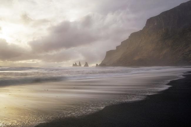 black sand beach, reynisfjara, vik, iceland, travel, europe, western europe, nordic, socks, waterproof, waves, how to dress, cold, beach,