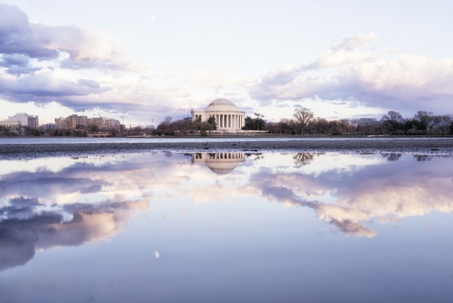 weather, crazy, sunny, cloudy, rain, snow, window, puddle, reflection, washington dc, jefferson memorial, tidal basin, water, wind, sunset, photographer, shoot, photography, cherry blossoms, winter, spring, puddlegram