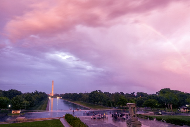 washington dc, dc weather, storms, rainbow, dramatic, skies, clouds, lightning, skies, sky, lincoln memorial, tourists, tour, visit, travel, washington monument, reflecting pool, pink, glow, camera settings, tripod, hot, light