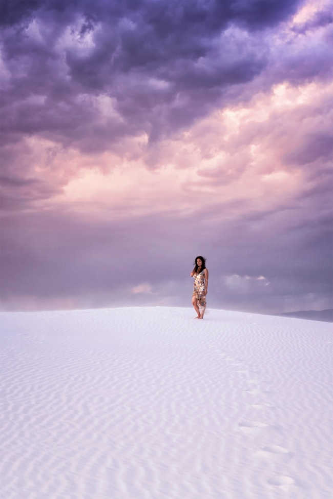 White Sands National Monument, national park, nps, new mexico, alamogordo, photoshoot, flowy dress, sunset, storm, pink, purple, skies, rain, sand dunes, white, wind, trails, lines, road trip, cross country, shoes