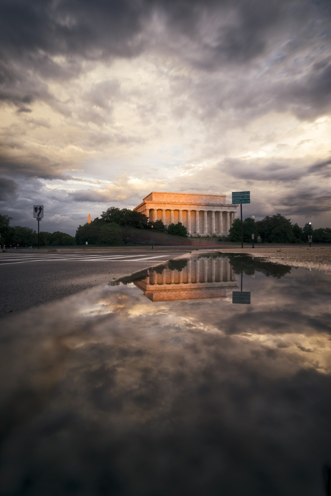 summer storm, washington dc, national mall, lincoln memorial, sunset, glow, rain, thunderstorm, clouds, reflection, puddle, travel, visit, parking, arlington memorial bridge,