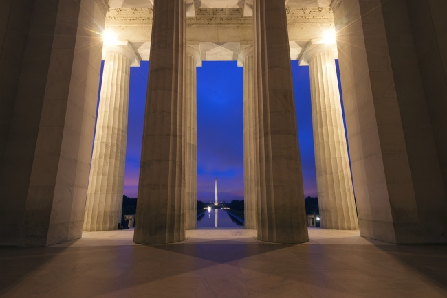 lincoln memorial, washington dc, sunrise, pink, sky, watching sunrise, lincoln, steps, memorial, columns, interior, architecture, washington monument, visit, start of school, college, freedom, reflecting pool, appreciation