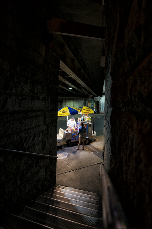 hot dog cart, new york, new york city, brooklyn bridge, sleepers, critique, honest, vendor, street food, movie, photo, photography, movie recommendation, 1996