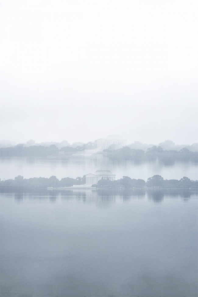 Jefferson Memorial, Tidal Basin, fog, foggy morning, long exposure, washington dc, reflection, early morning, experiment, montone, grey, spongebob,